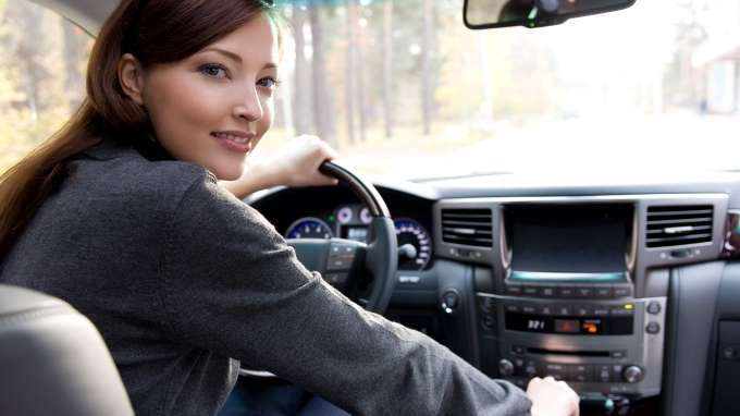 basic driving tips for new drivers   carsdirect
