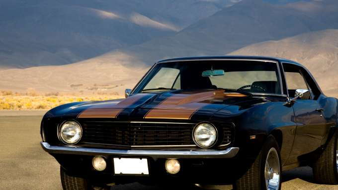 Top 10 classic american cars of all time carsdirect for Best american classic cars