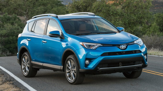 2017 toyota rav4 hybrid styles features highlights. Black Bedroom Furniture Sets. Home Design Ideas