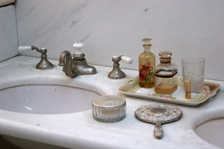 How To Clean Stone Sink : How to Clean Cultured Marble Sinks DoItYourself.com