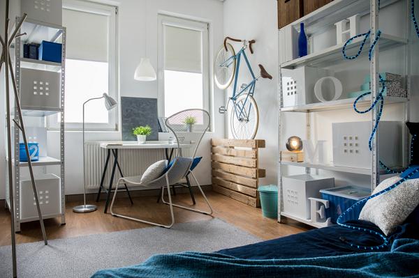 designing a bachelor pad. Black Bedroom Furniture Sets. Home Design Ideas