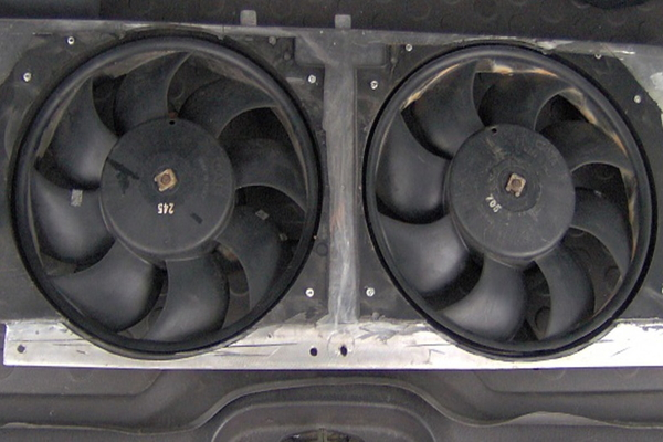 5 Common Radiator Fan Problems Doityourself Com