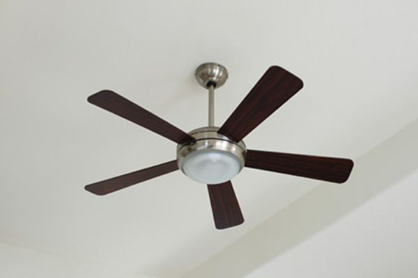 Ceiling Fan Installation : Installing a ceiling fan doityourself