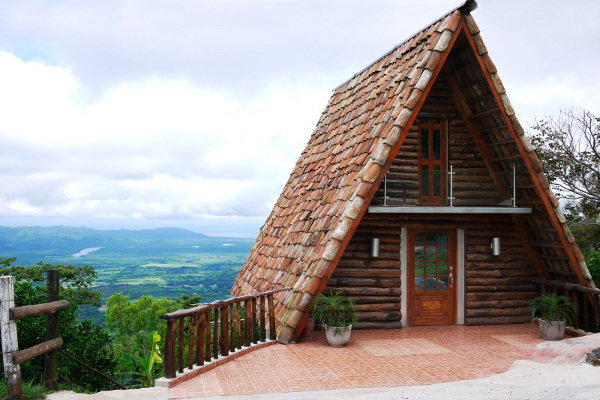 Build This Cozy Cabin Cozy Cabin Magazine Do It Yourself: 3 Alternative Living Spaces Trending Now