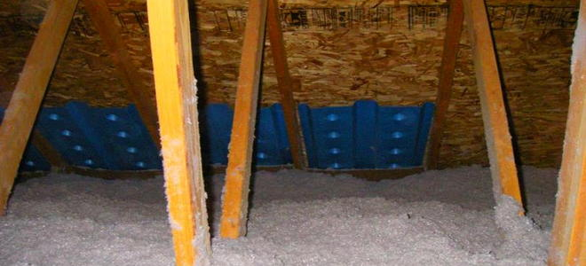 Installing Attic Insulation Baffles Doityourself Com