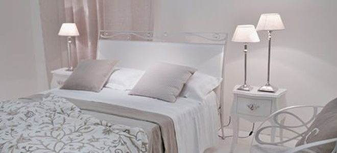 White Bedroom Decorating: The Zen-like Approach   DoItYourself.com
