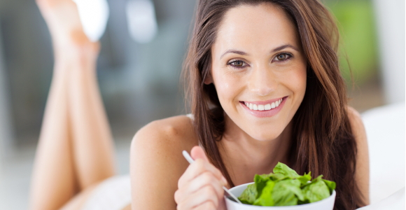 woman eating salad.jpg