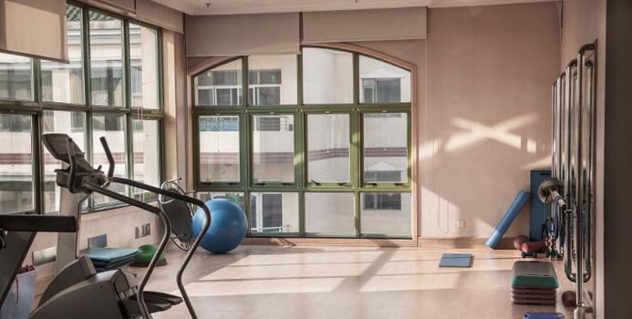 clean gym.jpg