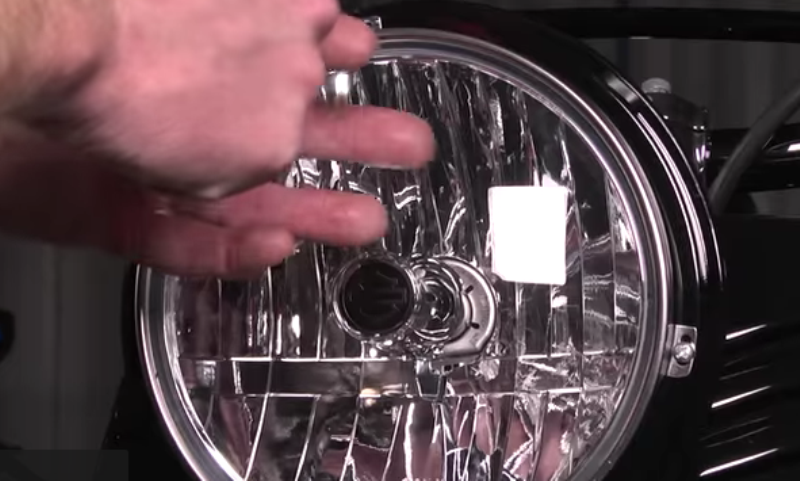 how to clean foggy headlamps