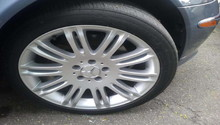 Mercedes benz c class c300 c400 w205 tire pressure for Mercedes benz flat tire