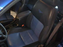 2 Toned Leather Seats