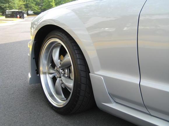 "20"" anthracite wheels"