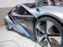 BMW i8 Concept charger