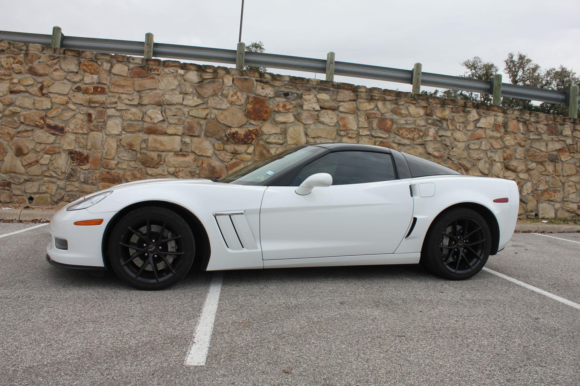 White C6 With Black Wheels Corvetteforum Chevrolet