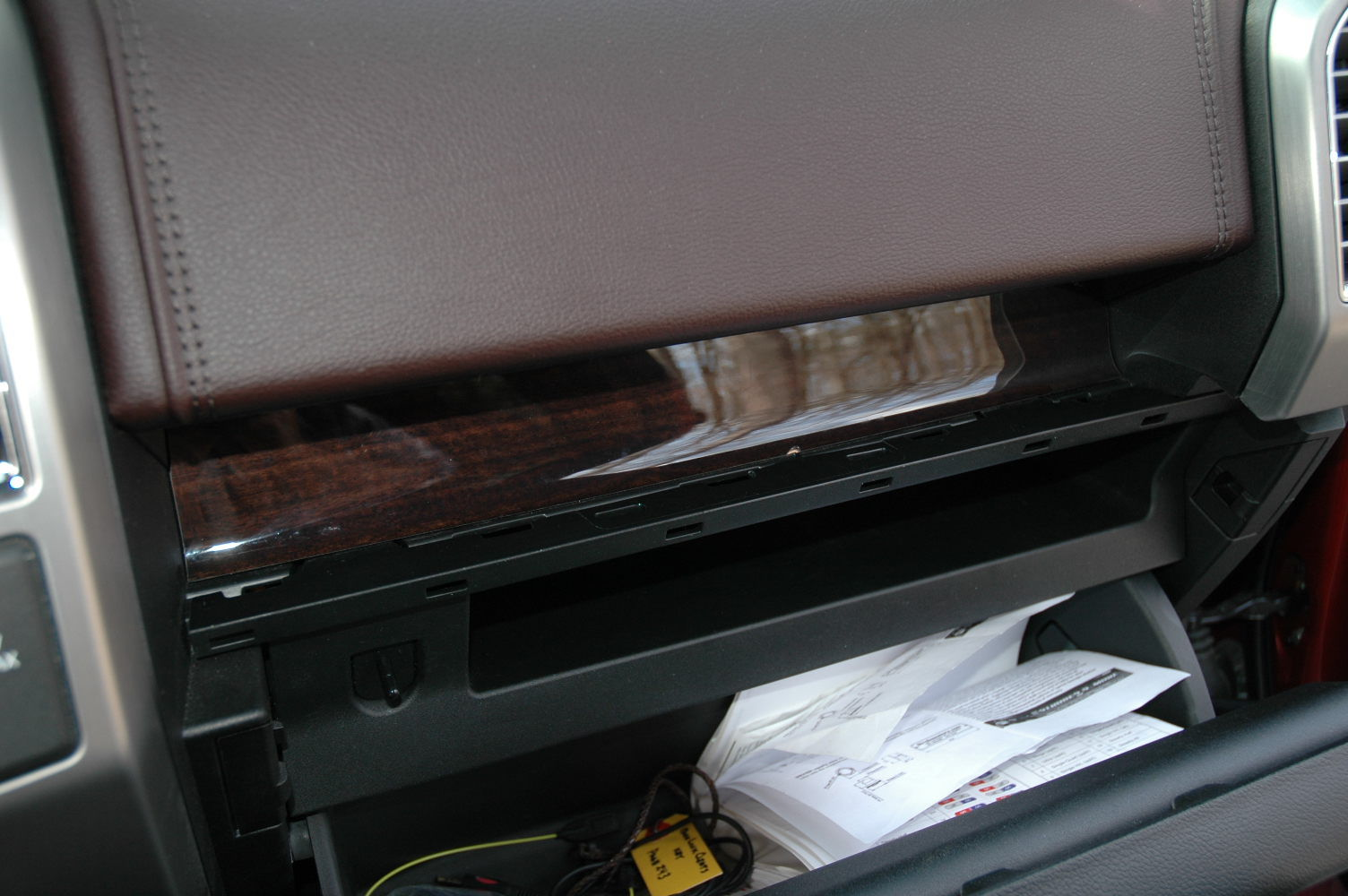 Replacing the cabin air filter page 2 ford truck for 2006 ford f150 cabin air filter location