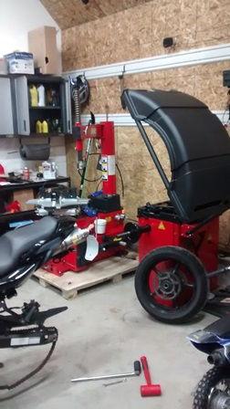 derek weaver tire machine