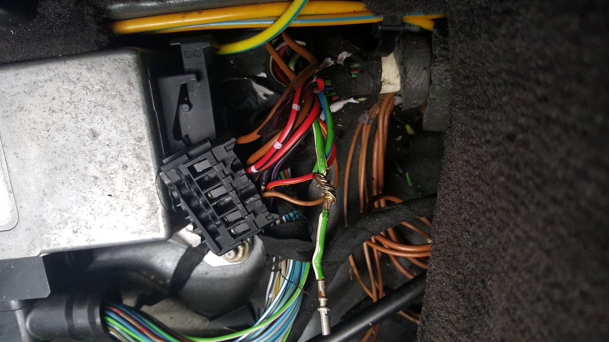 E300td Wiring Diagram : Sl soft top controller wiring mbworld forums