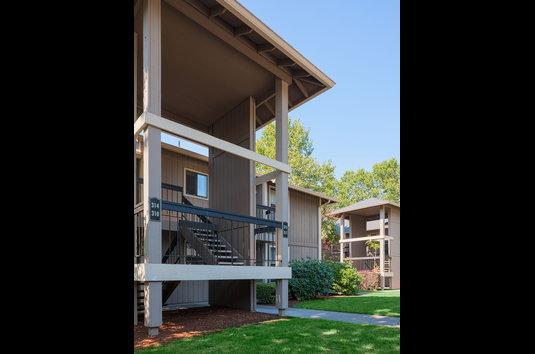Bridge Creek Apartments Wilsonville Oregon