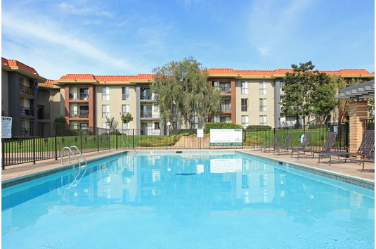 Prado Apartments in San Diego, CA Ratings, Reviews, Rent ...