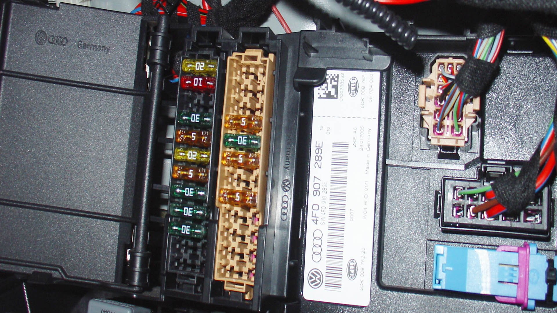 Audi Q5: Fuse Box Diagram | Audiworld | Audi Q5 Fuse Box Diagram |  | AudiWorld