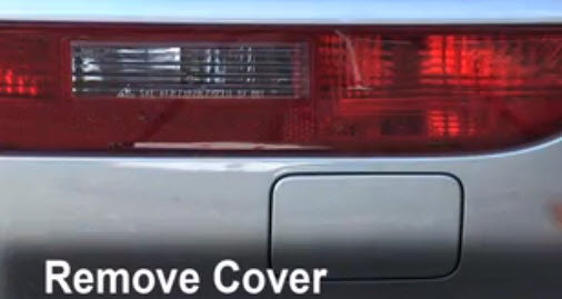 Removing tail light cover in Audi Q5
