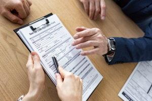 Requisitos para comprar un auto para préstamos de alto riesgo