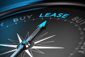 ¿Debo comprar o arrendar un auto?