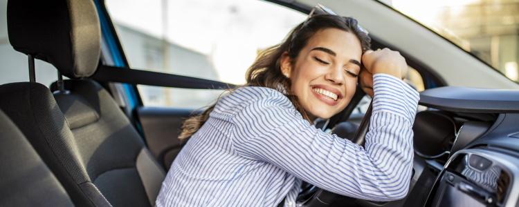 ¿Cómo se obtiene una aprobación previa para un préstamo de auto?