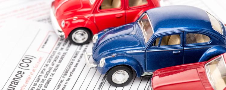 Por que el año y millas en un automóvil son importantes para préstamos para auto con mal crédito