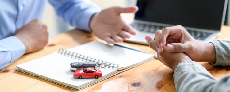 Prestamistas de alto riesgo y préstamos para automóviles con mal crédito