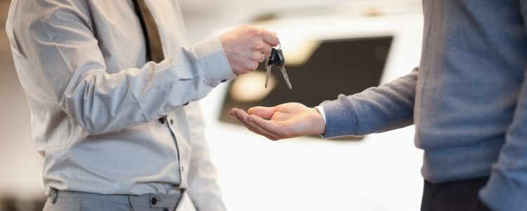 Trade-In Appraisals at the Dealership vs. Online Quotes
