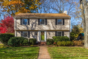 exterior home in fall