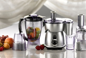 blenders and food processors with fruit