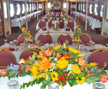 dining room aboard the Southern Belle Riverboat