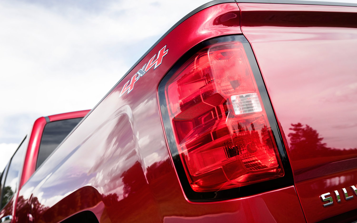 2014 chevrolet silverado ltz rear tail light 69208 chevrolet silverado 1500 k2xx 2014 present how to replace tail  at edmiracle.co