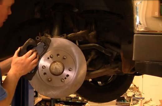 Chevrolet Silverado 1999-2006 GMT800 How to Replace Brake