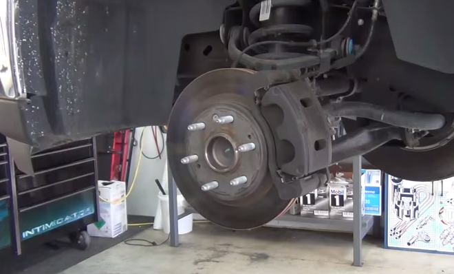 how to change rear drum brake pads