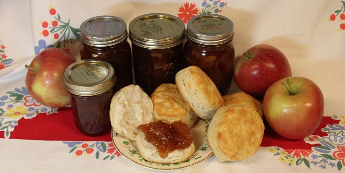 apple pie preserves, apples, biscuits