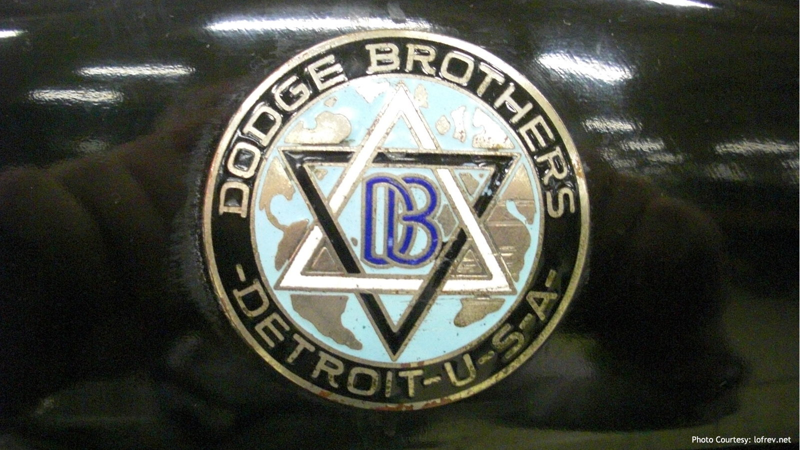 1914 Dodge Emblem