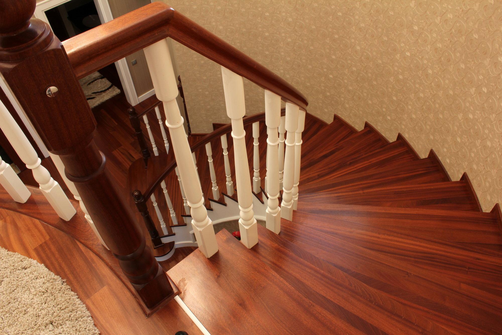 How to Repair Loose Wood Stair Railings   DoItYourself.com