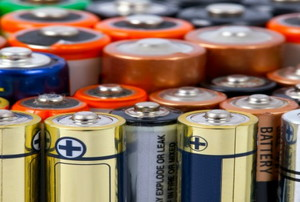 What makes Battery Voltage Drop?