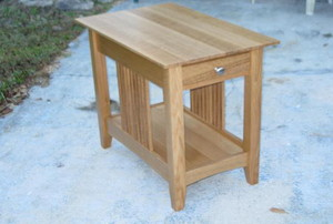 An end table made by a DIYer.