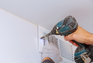 Mounting a vent for exhaust fan