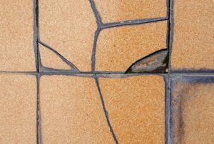 Replacing Damaged Ceramic Tiles