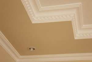 beige ceiling with white crown molding
