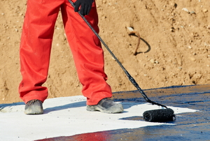 How to Apply Roofing Tar
