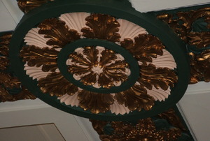 Ceiling rose, ceiling medallion