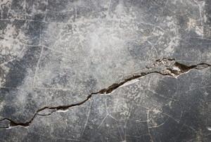 crack in a concrete patio