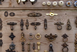 Assortment of cabinet and drawer pulls