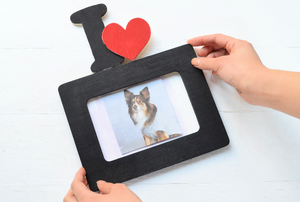 "Black Valentine's Day frame with the letter ""I"" and a heart at the top"